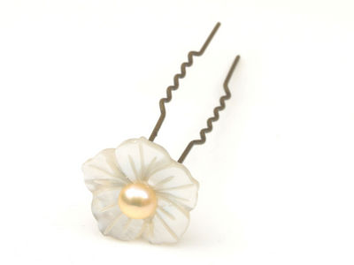 Mother of Pearl Flower Hair Pin