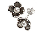 Flower Earring with White Pearl