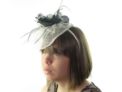 Ivory/Black Rose Fascinator