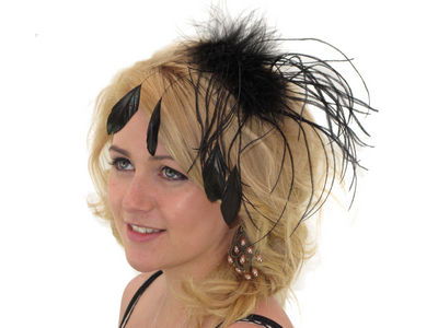 Black Floaty Feather Fascinator