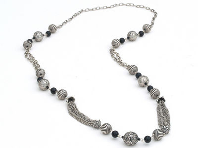 Textured Silver Bead Necklace