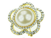 Gilt Large Pearl Flower Brooch